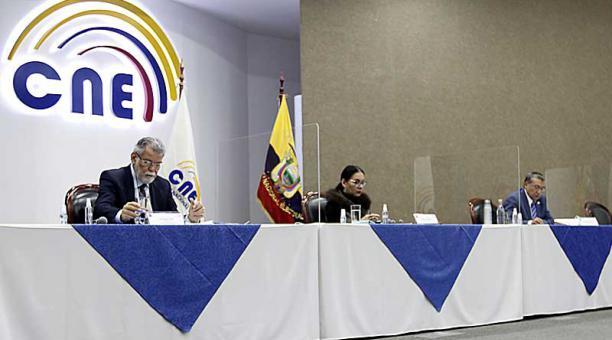 El Pleno del CNE conoce desde ayer, 11 de febrero del 2021, las actas de 16 juntas provinciales, correspondientes a dignidades nacionales. Foto: Eduardo Terán / EL COMERCIO