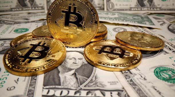 El bitcoin ha registrado un repunte, tras el anuncio de Tesla sobre la compra de la criptomoneda. Foto: Reuters