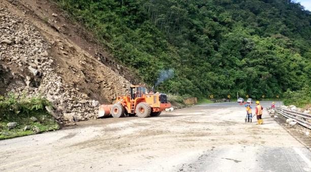 Los escombros fueron retirados esta mañana del viernes en el km 34, donde cayó un deslizamiento la mañana del jueves.