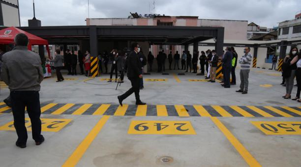 El proyecto es parte de un plan que busca eliminar el déficit de estacionamientos en la urbe. Foto: Glenda Giacometti / EL COMERCIO