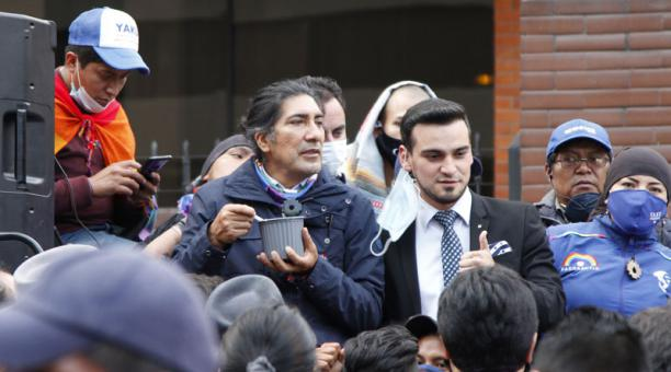 Yaku Pérez presentó este 13 de febrero del 2021 el pedido formal para el recuento de votos en 17 provincias. Foto: Eduardo Terán/ EL COMERCIO.