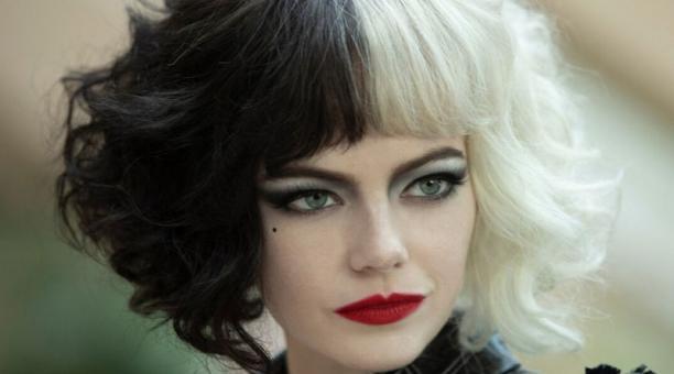 Emma Stone dará vida a Cruella DeVil en el nuevo filme de Disney enfocado en la villana de '101 Dálmatas'. Foto: captura.