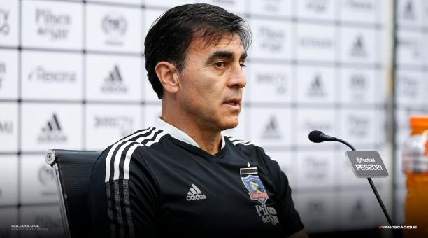 El director técnico Gustavo Quinteros salvó al Colo Colo de su primer descenso en la historia. Foto: Twitter @ColoColo.