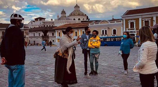 Quito Eterno promueve recorridos con bioseguridad por el Centro Histórico, con leyendas y personajes. Foto: cortesía Quito Eterno