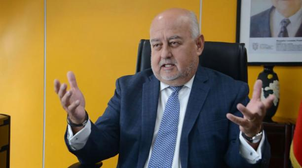 Entrevista al ministro Mauricio Pozo. Foto: Cortesía