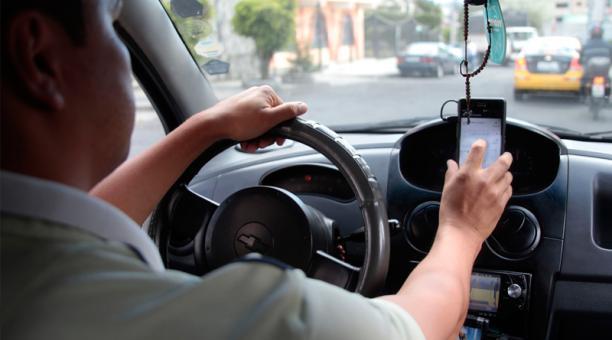 Los conductores de Uber, en la mayoría de países del mundo, están bajo un ambiguo estatus de