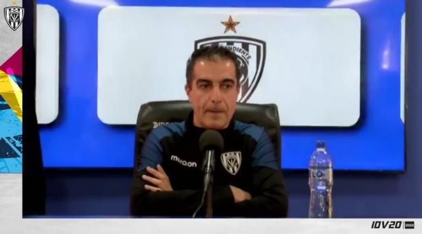 Renato Paiva, DT de Independiente del Valle, durante la rueda de prensa. Foto: Captura de pantalla