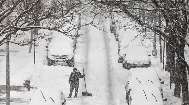 Texas ha sufrido una histórica tormenta que ha cubierto de nieve y hielo su superficie. Foto: EFE