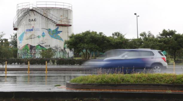 El área del ex aeropuerto de Quito nunca volvió a ser la zona comercial, llena de negocios, que fue mientras allí funcionaba el aeropuerto Mariscal Sucre. Cuando la terminal aérea se trasladó a Tababela, el 19 de febrero del 2013, los negocios enfrentaron