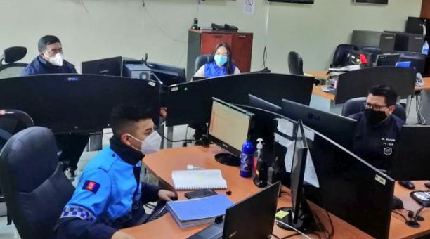 El COE de Quito anunció el despliegue y control que realizarán las autoridades en la ciudad, ante las movilizaciones de las organizaciones indígenas que solicitan que se cumpla el acuerdo para el reconteo de votos. Foto: Twitter COE Quito