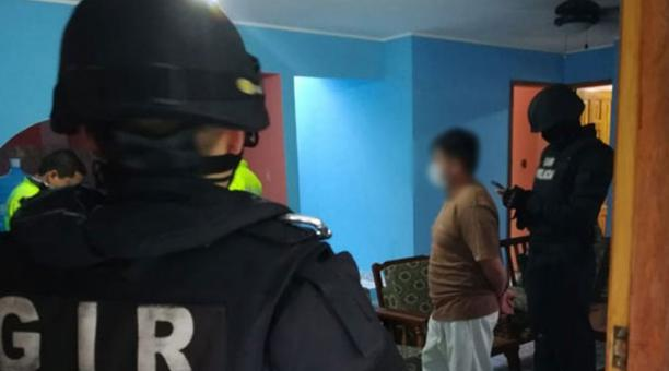 La Fiscalía informó que durante los tres últimos años, la víctima habría sido objeto de constantes agresiones sexuales en manos de su progenitor. Foto: Cortesía / Fiscalía Ecuador