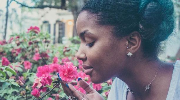 Imagen referencial. Las personas pueden experimentar pérdida del sentido del gusto y del olfato hasta cinco meses después de la infección por coronavirus. Foto: Pixabay.