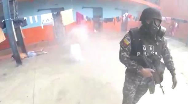 Las imágenes fueron captadas por las cámaras de los Miembros del Grupo de Operaciones Especiales (GOE) de la Policía. Foto: captura.
