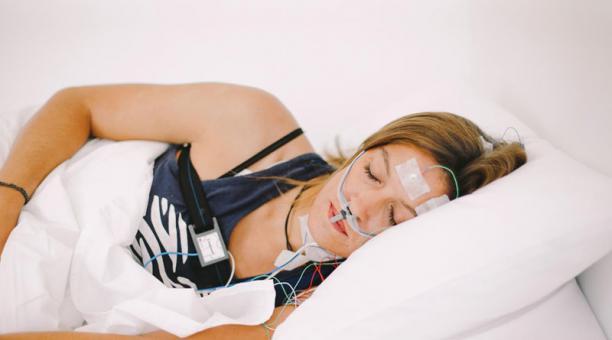 El uso de aplicaciones y gadgets que analizan las horas de descanso  se ha incrementado, a pesar de que su eficacia todavía está en análisis.
