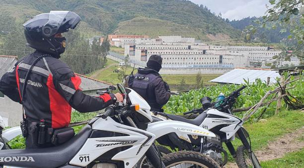 El Servicio de Rehabilitación, que controla los centros penitenciarios de Ecuador, informó que hasta las 06:48 de este miércoles 24 de febrero del 2021 se registraron 79 muertes en los amotinamientos en las cárceles de Ecuador. Foto: Lineida Castillo/ EL