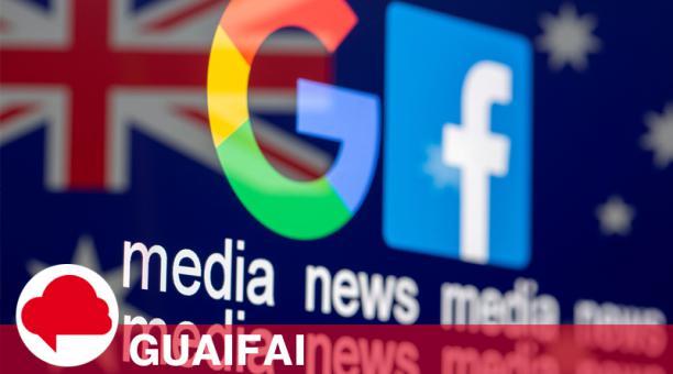 Los logotipos de Google y Facebook y las palabras