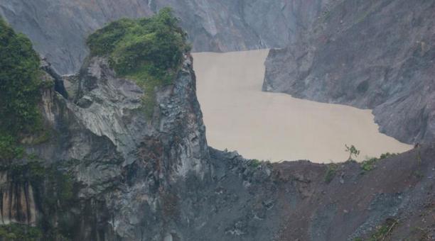El nuevo represamiento del río Coca podría representar un riesgo para las poblaciones e hidroeléctricas del sector. Foto: cortesía.