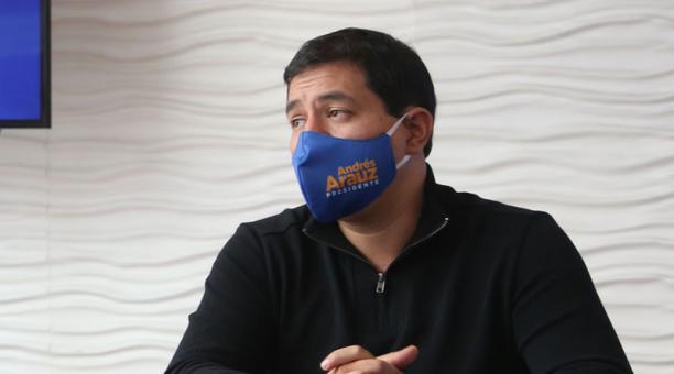 Andrés Arauz pidió este 26 de febrero del 2021 suspender el peritaje al sistema del CNE. Foto: Vicente Costales/ EL COMERCIO