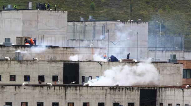 Al menos 34 personas fueron asesinados en el pabellón de máxima seguridad del Centro de Rehabilitación Social de Turi, en Cuenca, el pasado 23 de febrero del 2021. Foto: Lineida Castillo / EL COMERCIO