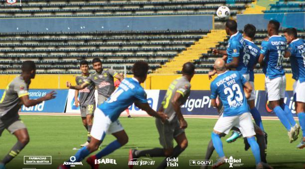 El Manta rescató un empate sobre el final, en su visita a Universidad Católica. Foto: Twitter Manta