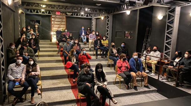 El teatro de Casa Toledo eliminó 78 de las 110 butacas para mantener el distanciamiento. Foto: Cortesía Casa Toledo
