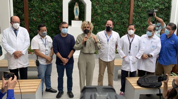 La alcaldesa de Guayaquil, Cynthia Viteri, anunció que la ciudad adquirirá vacunas contra el coronavirus de tres laboratorios. Foto: Twitter/ @jRodriguezECU