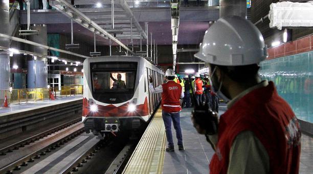 El Metro de Quito definió el modelo de gestión para el sistema de transporte que tiene un costo de  USD 2 009 millones. Foto: Archivo / EL COMERCIO