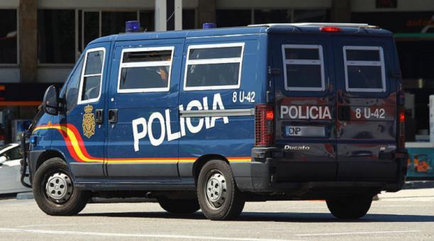 La Policía de España detuvo a cuatro personas por transportar negra