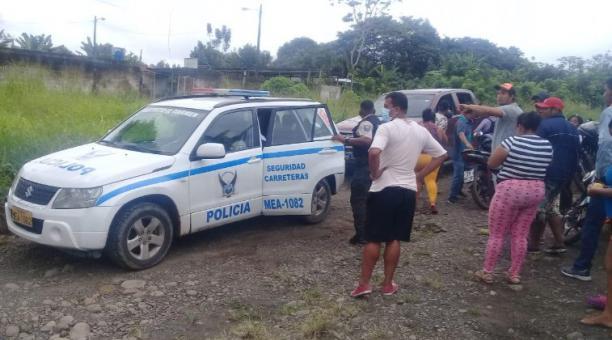 Los ahora detenidos fueron identificados por los vecinos, durante la búsqueda del niño que fue reportado como desaparecido. Foto: El Diario (Manabí)