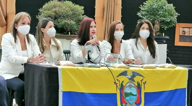 Cinco candidatas que buscaron la Vicepresidencia en las elecciones se unieron para presentar una carta abierta al país. Foto: cortesía.