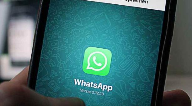 Foto referencial sobre los cambios en la aplicación de mensajería para dispositivos móviles WhatsApp. Foto antonbe en Pixabay
