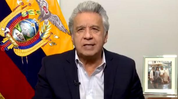 El presidente Moreno dijo que nueve de cada diez ecuatorianos defiende al dólar porque ha permitido la estabilidad económica. Foto: Captura