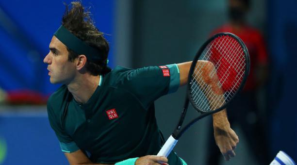 Roger Federer durante el partido ante Daniel Evans en el Catar Exxonmobil Open in Doha, Catar, el 10 de marzo del 2021. Foto: EFE