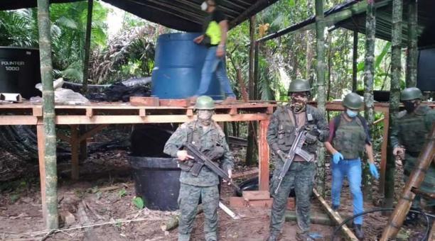 El 4 de marzo del 2021, militares hallaron una estructura que iba a ser usada ilegalmente. .Foto: FF.AA.