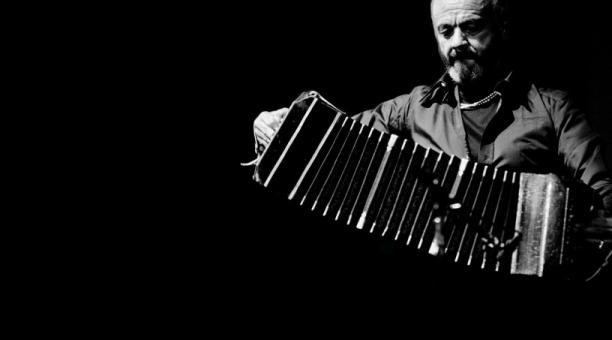 Astor Piazzolla, nacido en Mar del Plata el 11 de marzo de 1921, revolucionó el tango.