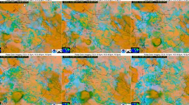 La imagen corresponden a la nube de ceniza de esta mañana desde un satélite (1) y al registro de sismicidad de la misma emisión (2). Foto: Captura