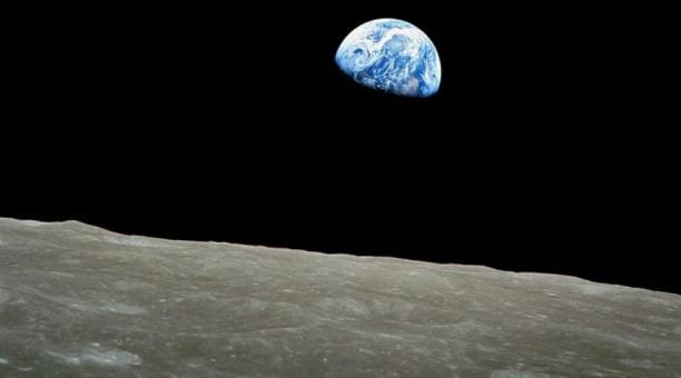 Imagen referencial. Un equipo de científicos ha definido un proyecto para construir una 'arca' en la Luna. Foto: Pixabay