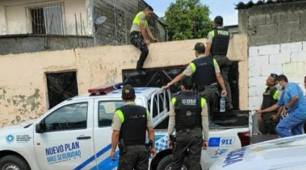 La Policía realizó el levantamiento de los cuerpos el sábado 13 de marzo del 2021. Foto: Cortesía