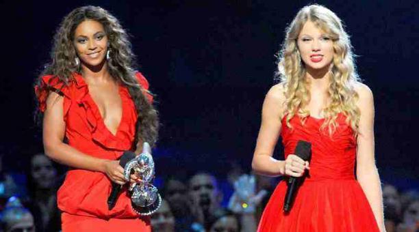 Imagen referencial: Las cantantes Beyoncé y Taylor Swift se llevaron la mayor cantidad de galardones en los premios Grammy. Instagram