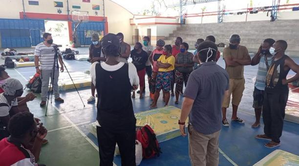 El Municipio de Aguarico acopló un albergue para las familias en situación de movilidad, en Nuevo Rocafuerte. Foto: Cortesía Municipio de Aguarico
