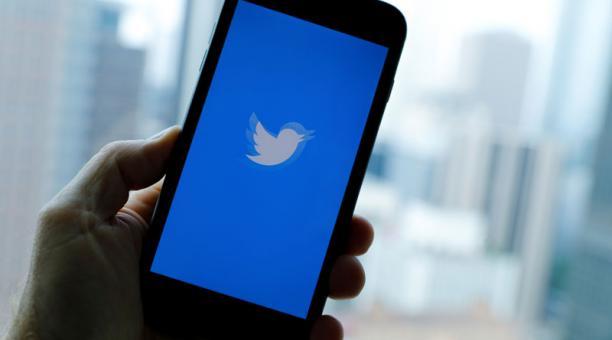 Las autoridades de Rusia han amenazado con suspender la plataforma de Twitter, si la empresa no quita contenido que señala el Gobierno. Foto: Reuters