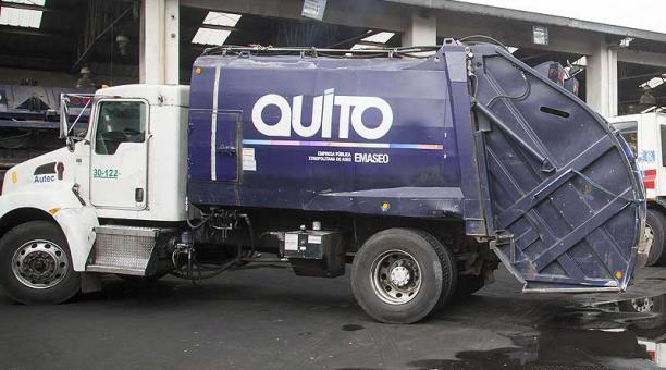 Imagen referencial. El accidente del ayudante de recolección de Emaseo ocurrió en las avenidas República y 10 de Agosto, norte de Quito. Foto: archivo / EL COMERCIO