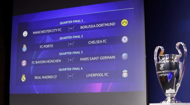 Una fotografía facilitada por la UEFA muestra el sorteo de cuartos de final durante el sorteo de cuartos de final y semifinales de la UEFA Champions League 2020/21 en la sede de la UEFA, La Casa del Fútbol Europeo, el 19 de marzo de 2021 en Nyon, Suiza.