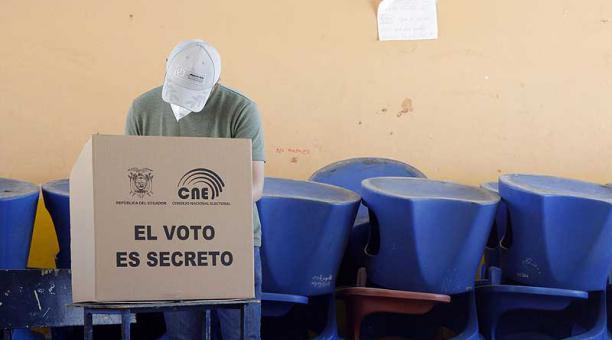 Ecuador ocupa el segundo lugar en riesgo de estabilidad política en el informe The Economist