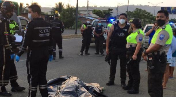 El militar perdió la vida cuando transitaba en bicicleta en la vía Portoviejo, en la Costa del Ecuador. Foto: El Diario (Manabí)