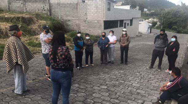 Los moradores del sector cuentan que los delincuentes se movilizan en motocicletas y automóviles sin placas para atacar a las víctimas. Foto: EL COMERCIO