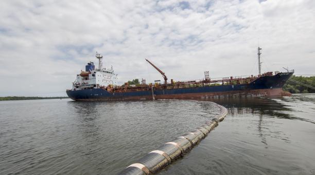 La producción estatal de petróleo en Ecuador se mantendrá en 400 000 barriles diarios hasta culminar el la administración del presidente Lenín Moreno, anunció el 23 de marzo del 2021 Petroecuador. Foto: Twitter Petroecuador