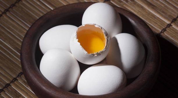 El consumo de huevos no es perjudicial para la salud. Una persona sana puede comer entre dos y tres huevos al día. Foto: Pixabay