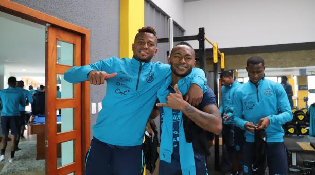 Michael Estrada y Pedro Pablo Perlaza en un entrenamiento de la Selección de Ecuador, Tomado de @LaTri