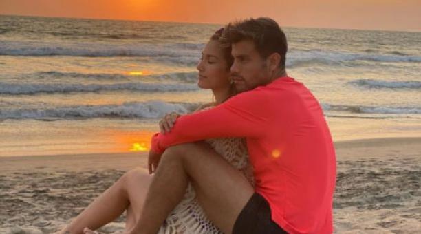 Este sábado 27 de marzo del 2021 se cumplen dos meses del asesinato del presentador Efraín Ruales. Su novia, Alejandra Jaramillo, lo recordó con un mensaje en Instagram. Foto: Instagram/ Alejandra Jaramillo.